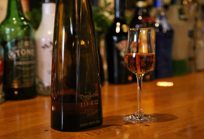プレミアムテキーラの代表格ドン・フリオは一度はご賞味いただきたい一杯です。