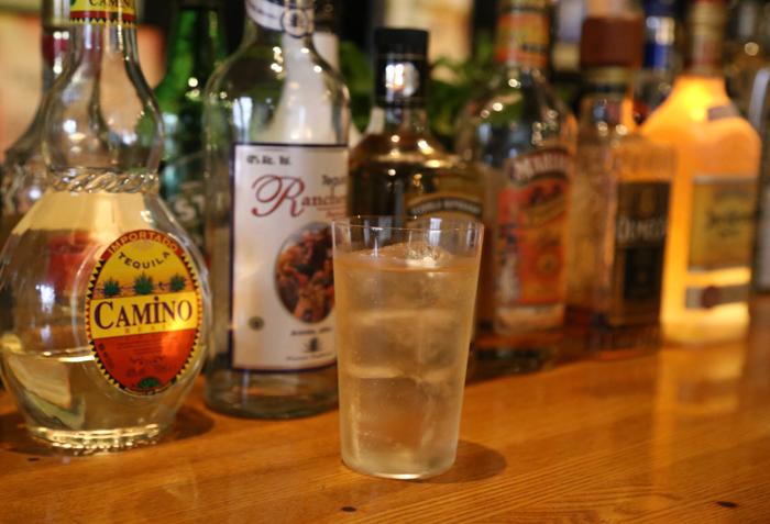 テキーラマエストロのマスターがおすすめの飲み方で提供してくれます。