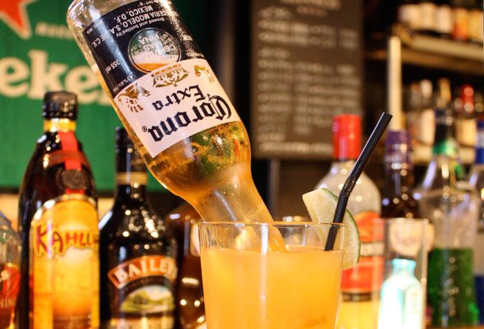 見た目のインパクトも大ですが、オレンジジュースとビールはとても合います。ビールが苦手な方でもサッパリ頂けます。