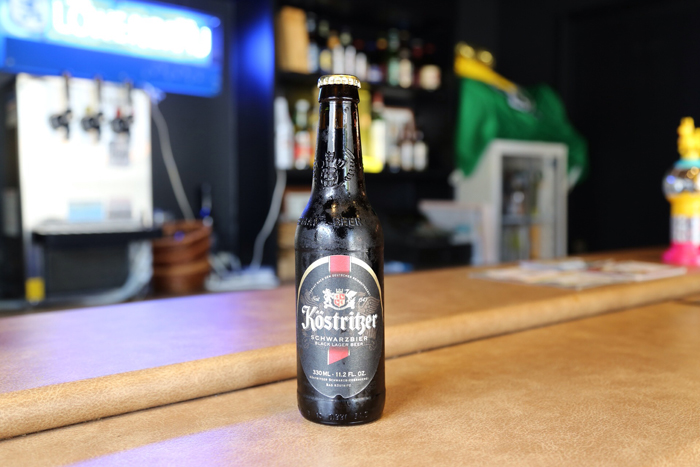 文豪ゲーテも愛した黒ビール。強い苦みはなく、クリーミーな泡とビターチョコのような苦みと甘みが楽しめます。